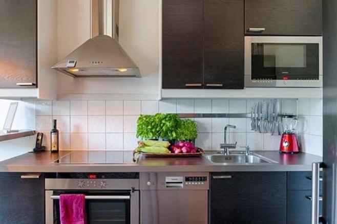 Small Kitchen 43