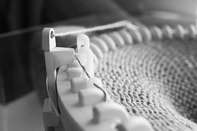Clock that knits 6