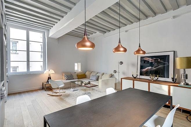 Small Apartment in Paris 3