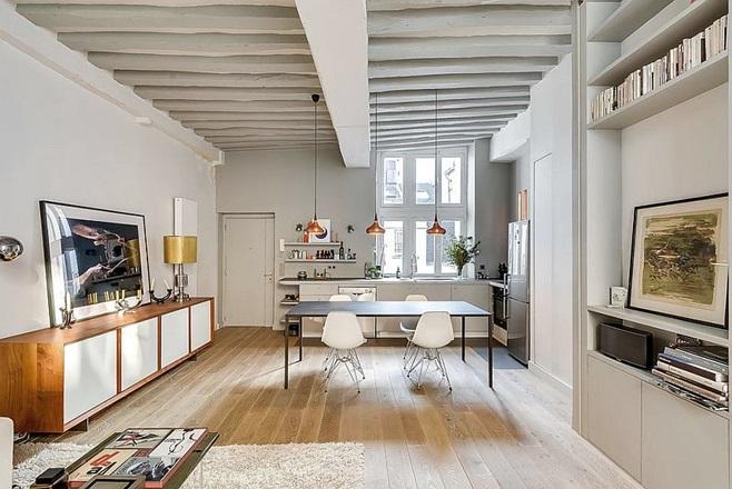 Small Apartment in Paris 7
