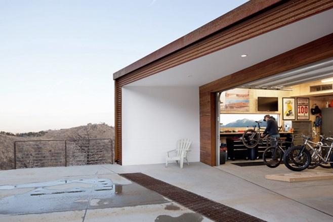 Sunshine Canyon Residence 23