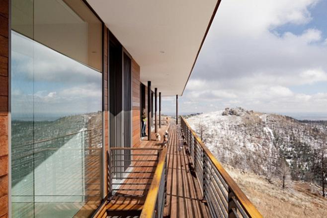 Sunshine Canyon Residence 3