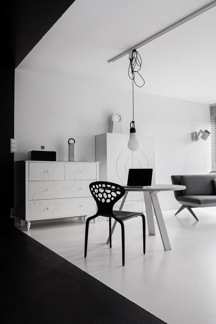 Black&White Studio 7