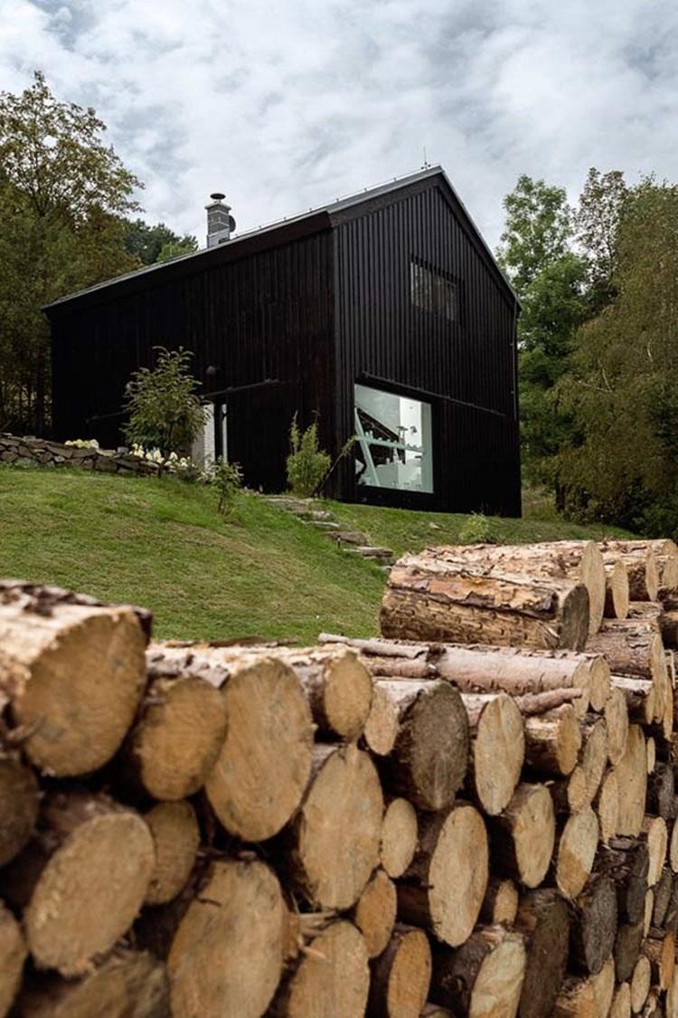 Boooox Heritage Barn project 19