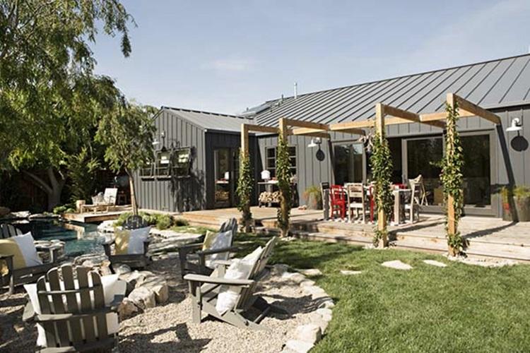 farmhouse-inspired 21