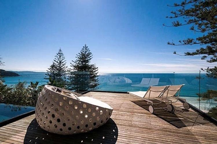 stylish beach house 1