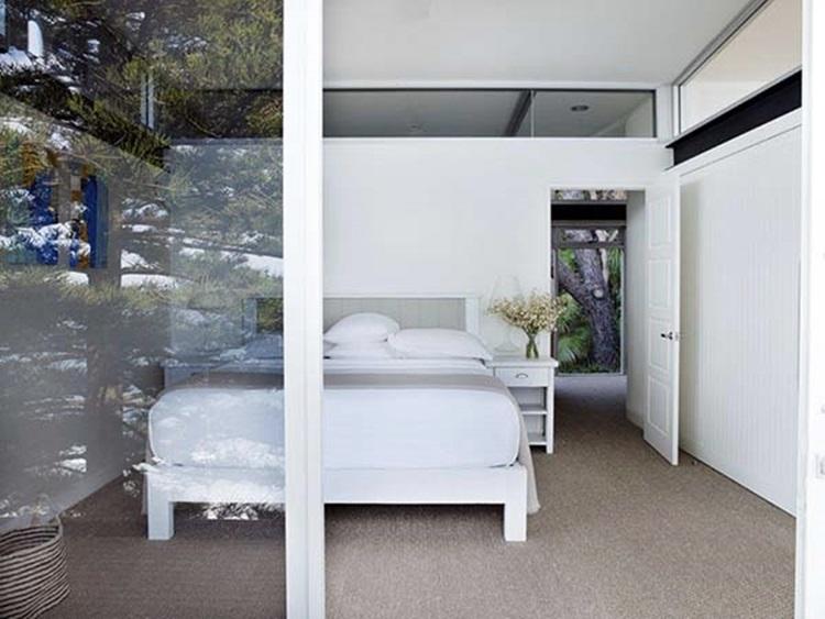 stylish beach house 15