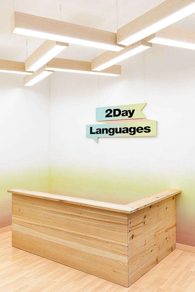 Language School in Valencia by Masquespacio 16