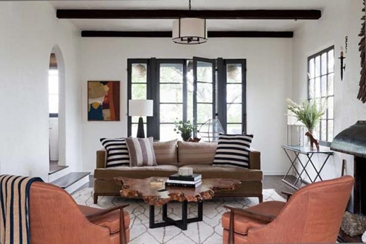 Spanish Colonial Home in Los Feliz Hills 2