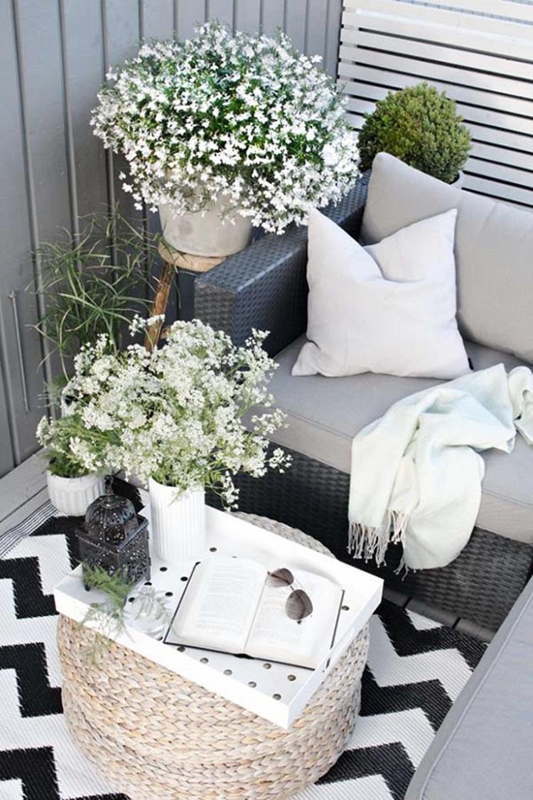 Small balcony design ideas 19