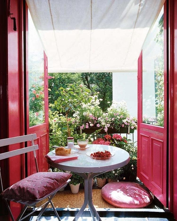 Small balcony design ideas 31