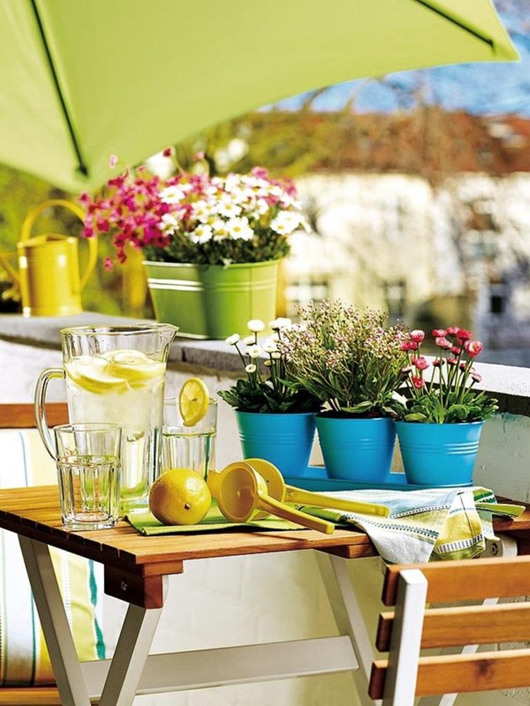 Small balcony design ideas 35