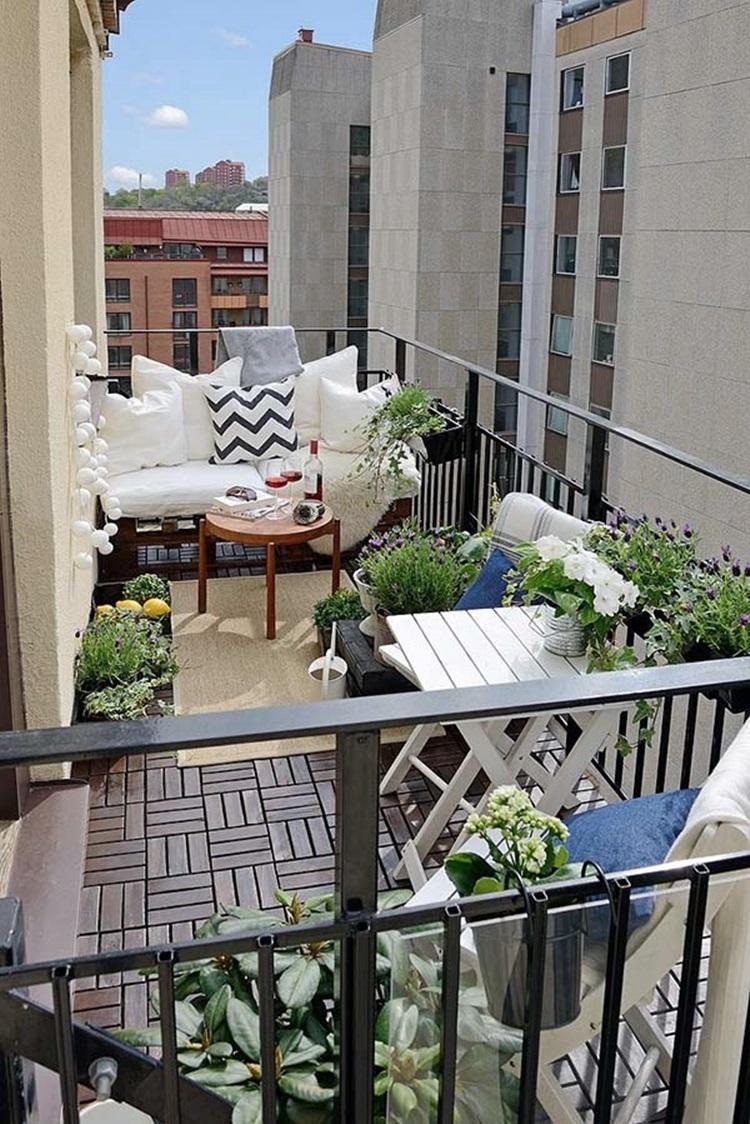Small balcony design ideas 40