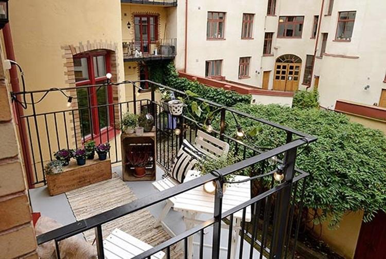 Small balcony design ideas 46