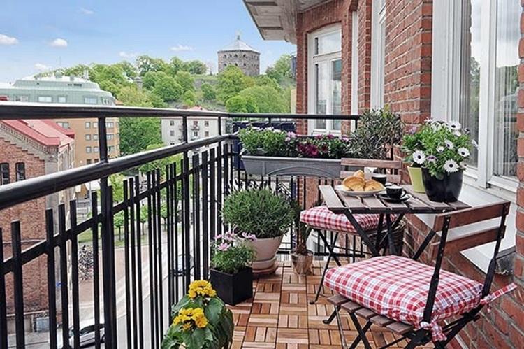 Small balcony design ideas 49