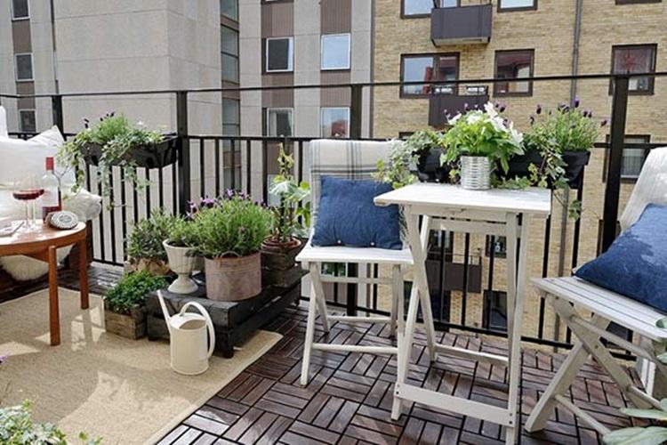 Small balcony design ideas 50