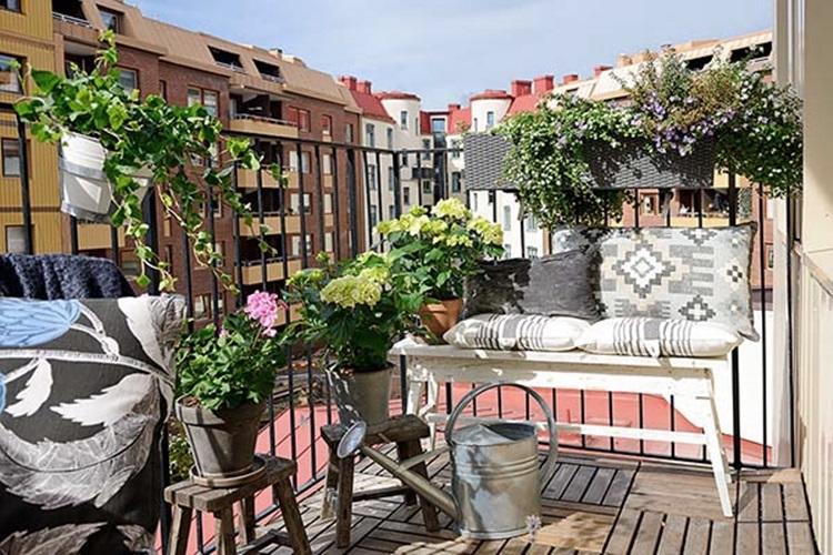 Small balcony design ideas 53