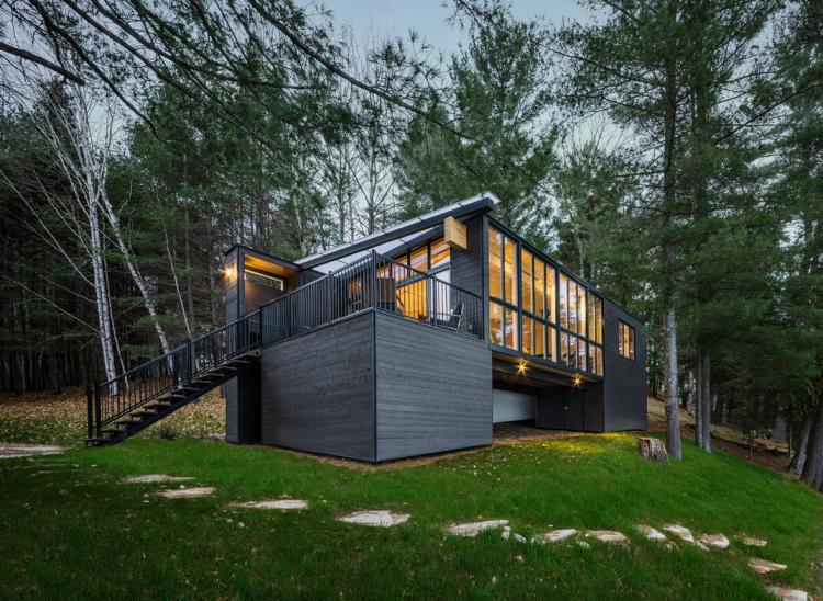 Prefab Cabin in Quebec 1