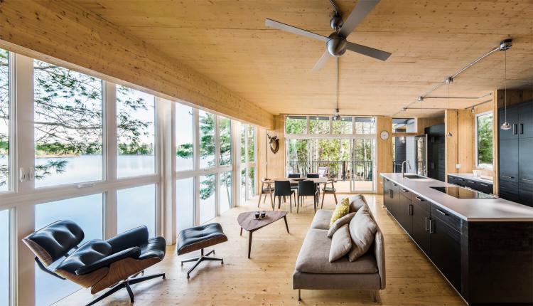 Prefab Cabin in Quebec 3