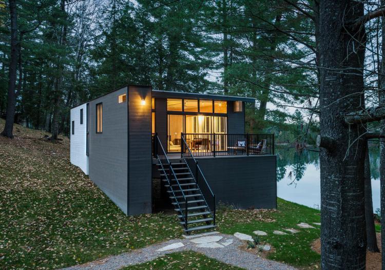 Prefab Cabin in Quebec 8