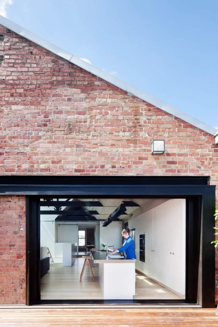 Versatile Living Space 3
