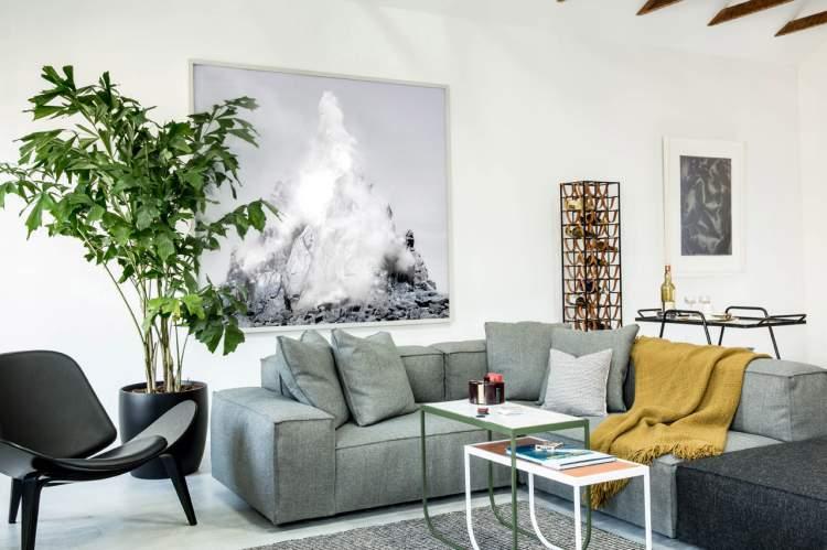 scandinavian-inspired apartment 2