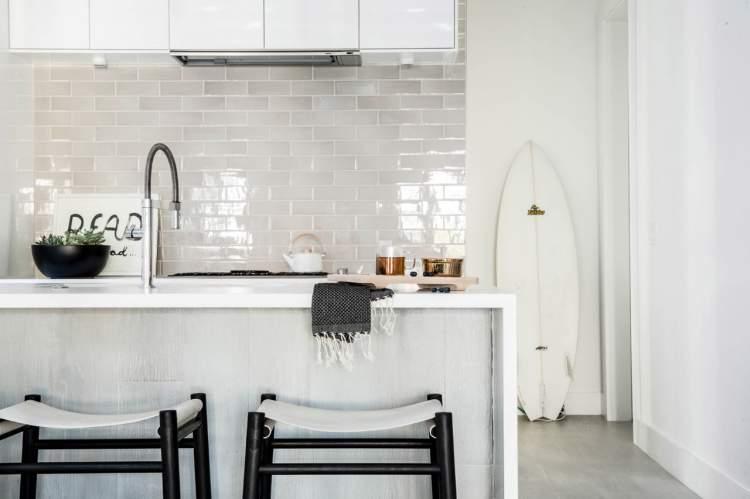 scandinavian-inspired apartment 6