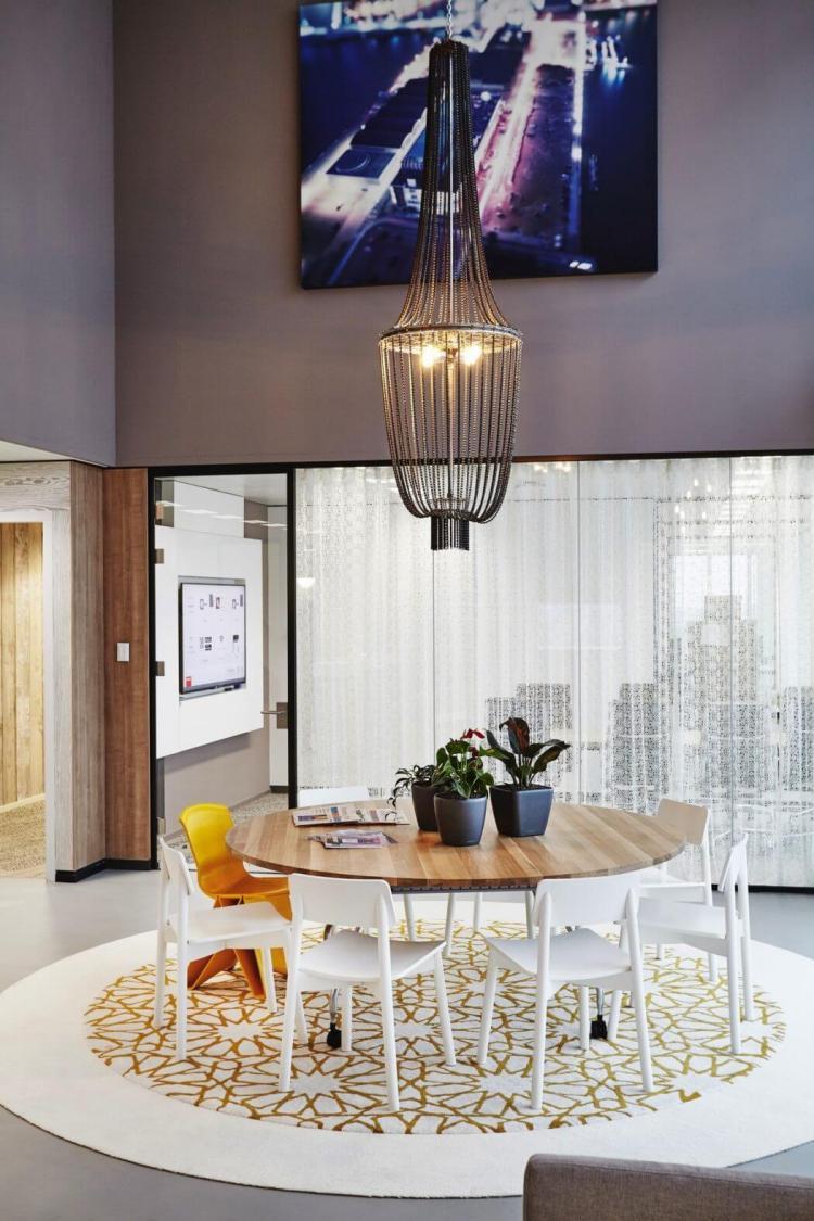 Modern Office Design in Amsterdam 4