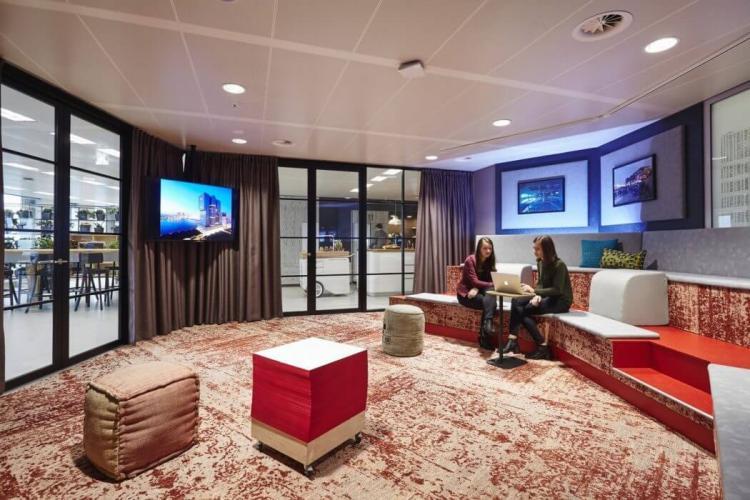Modern Office Design in Amsterdam 7
