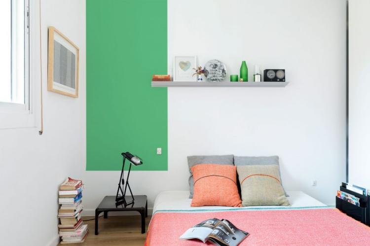 Colorful Apartment 13