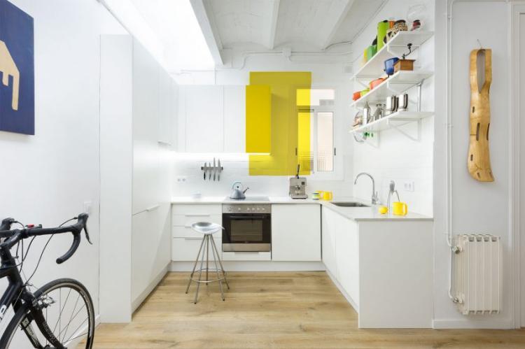 Colorful Apartment 6