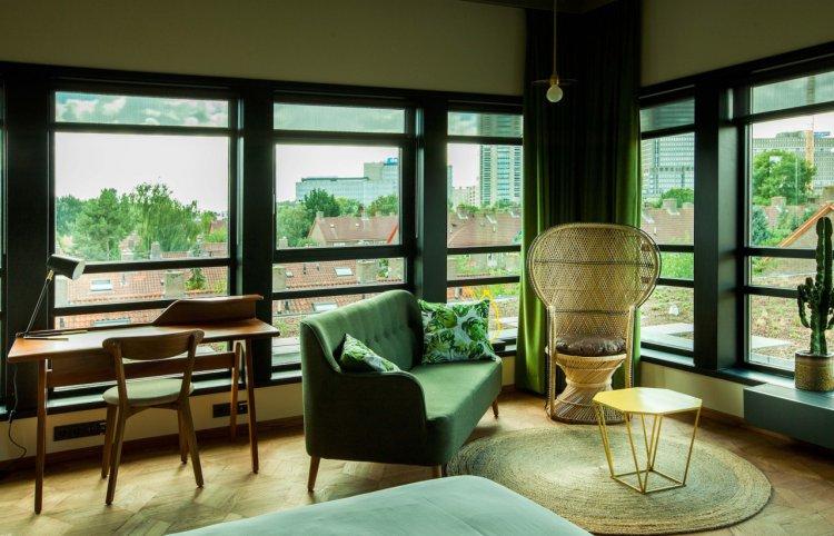 hotel-v-fizeaustraat-in-amsterdam-11