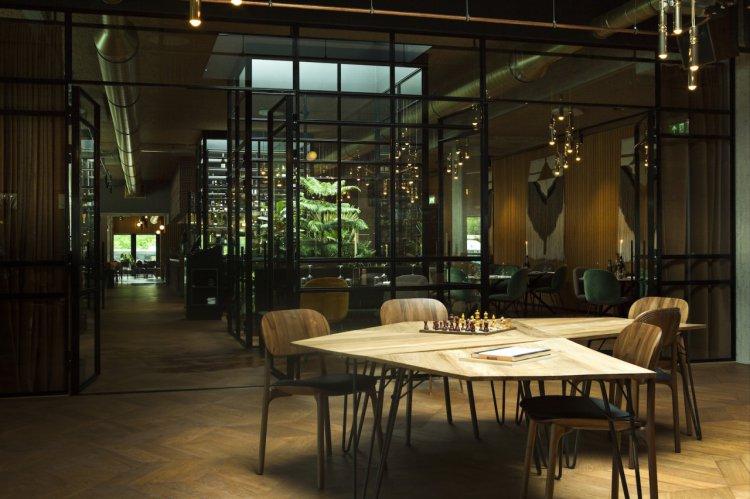 hotel-v-fizeaustraat-in-amsterdam-7